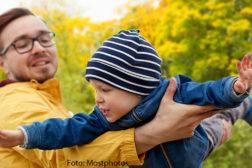 Veileder foreldre for å gjøre barna trygge